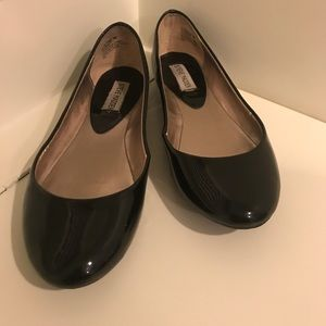 Steve Madden patent leather black flats size 8